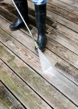 cleaning deck pressure hose